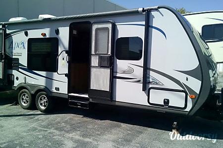 02014 Coachmen Apex  Olympia, WA