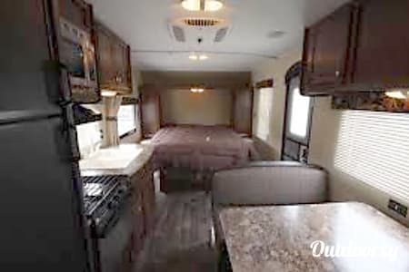 02016 Keystone Hideout 210LHS  East Garafraxa, ON