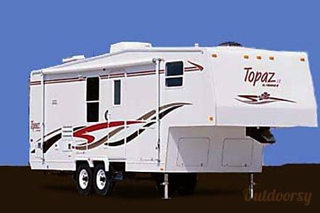 0Triple E Topaz 5th Wheel with Slide  Summerland, BC