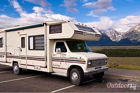 01988 Ford Coachman  Blainville, QC