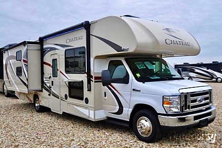 0Thor Motor Coach Chateau 30D #2, SLEEPS 10  Las Vegas, NV