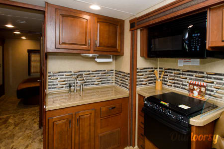 Top 25 Batesville, MS RV Rentals and Motorhome Rentals | Outdoorsy Batesville Ms Remodeling Ideas Kitchen Countertop on