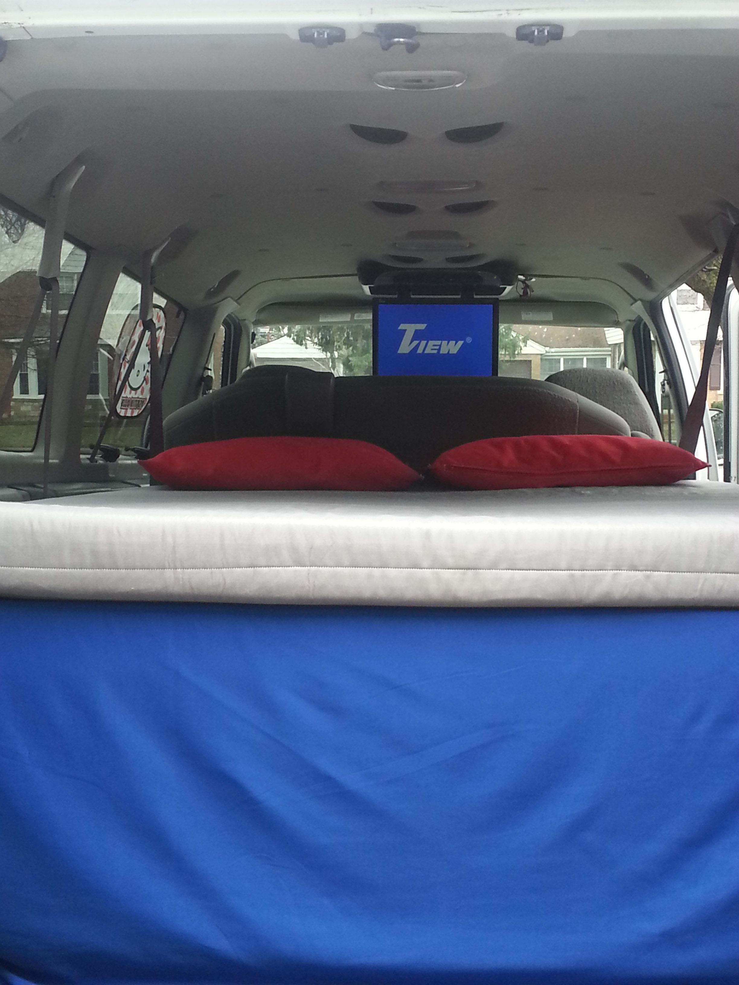 Ford Econoline 2008