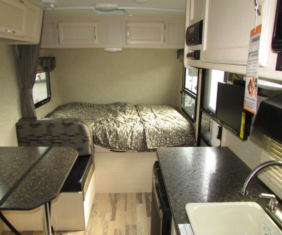 Interior, sleeps up to 5, includes tv/dvd player.. Winnebago Micro Minnie 1700BH 2017