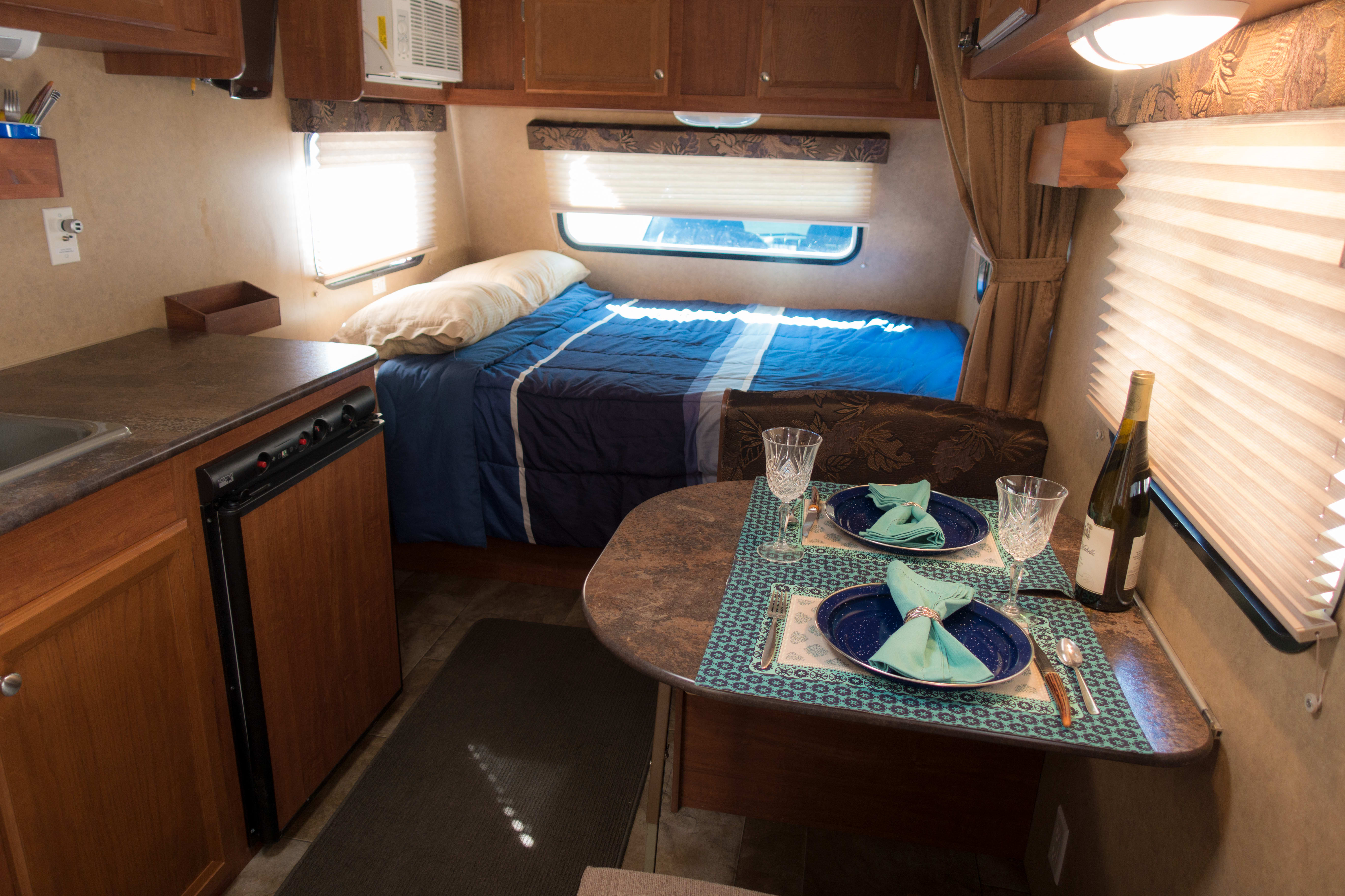 A lovely little trailer, ready for adventure or just hanging by the ocean or forest! . Jayco Jay Flight Swift 2013