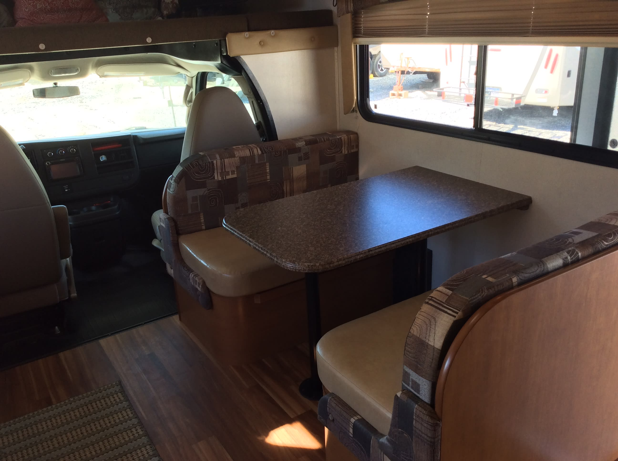 Dinning Area. Coachmen Freelander 2013