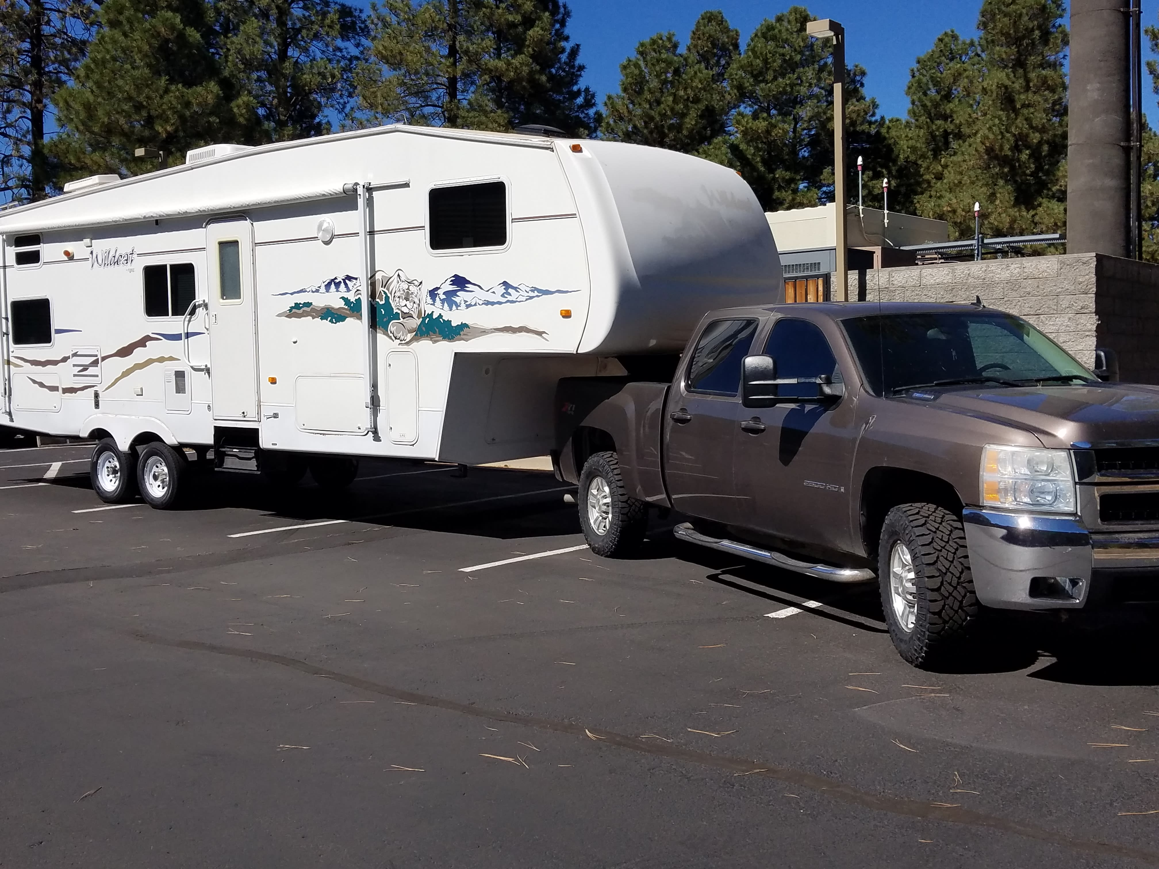Camper will be delivered to your specified location , set up and ready for your arrival!. Forest River Wildcat 2005