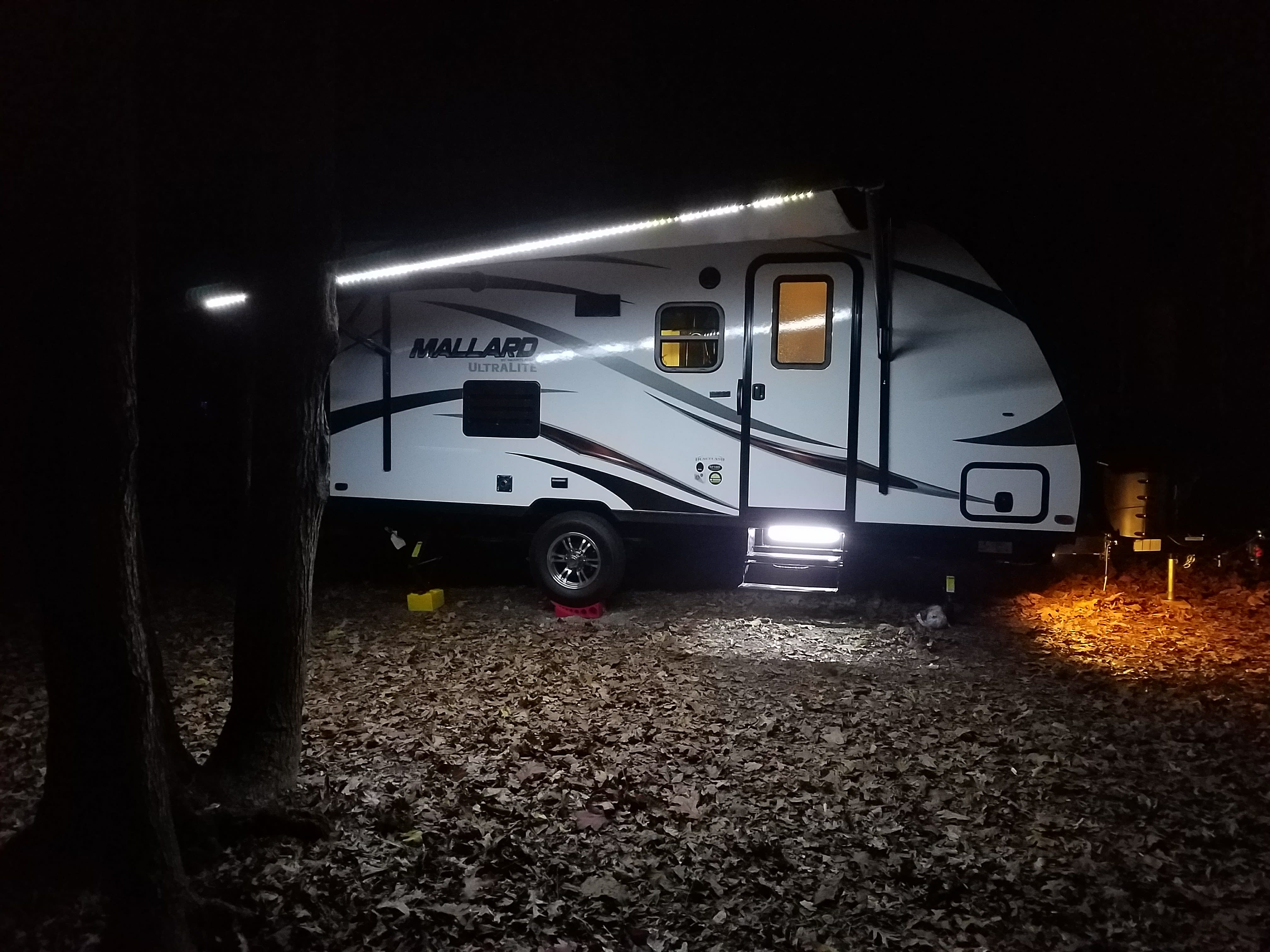 Setup at night with lights on.. Heartland M185 2018