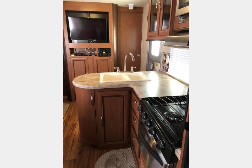 kitchen. Forest River Salem 2016