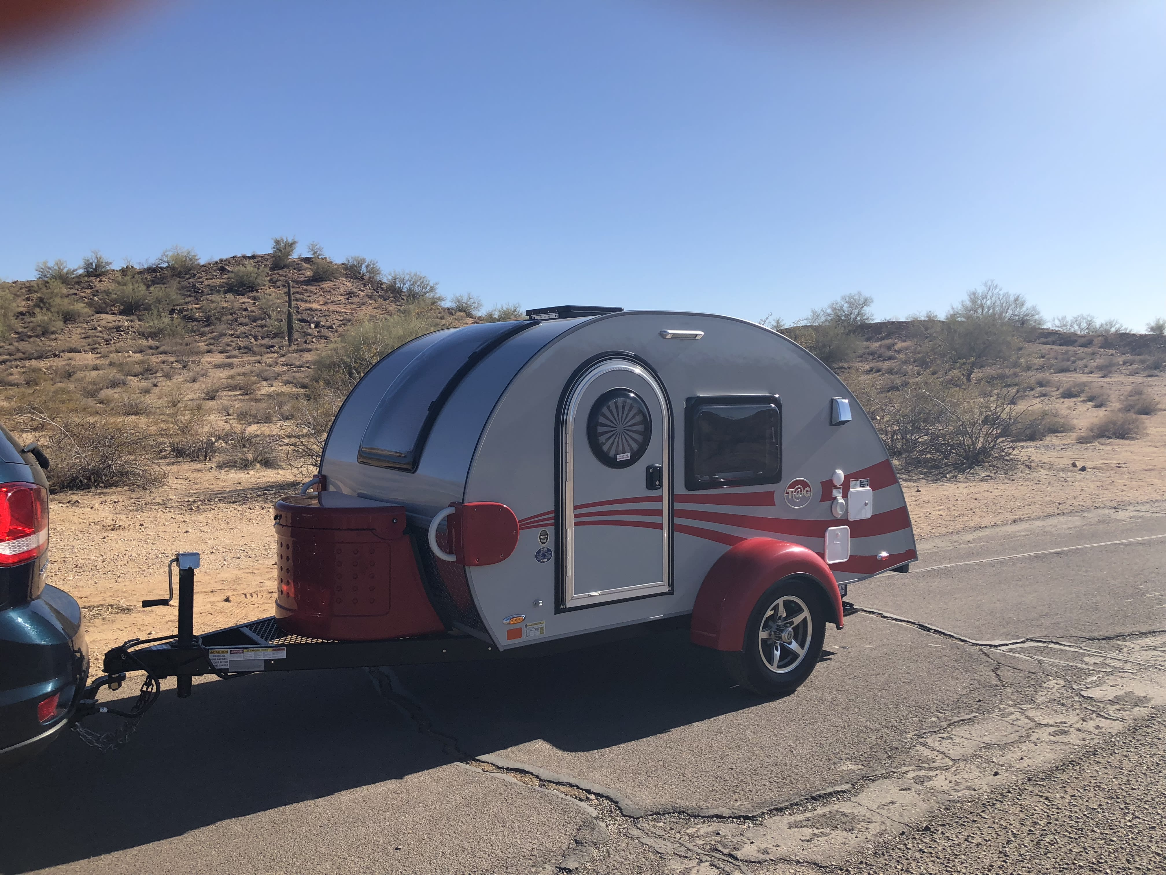Forget the tent!  This Little Guy trailer is lightweight, easy to haul with similar amenities of larger trailers. Little Guy 5 Wide T@G 2018