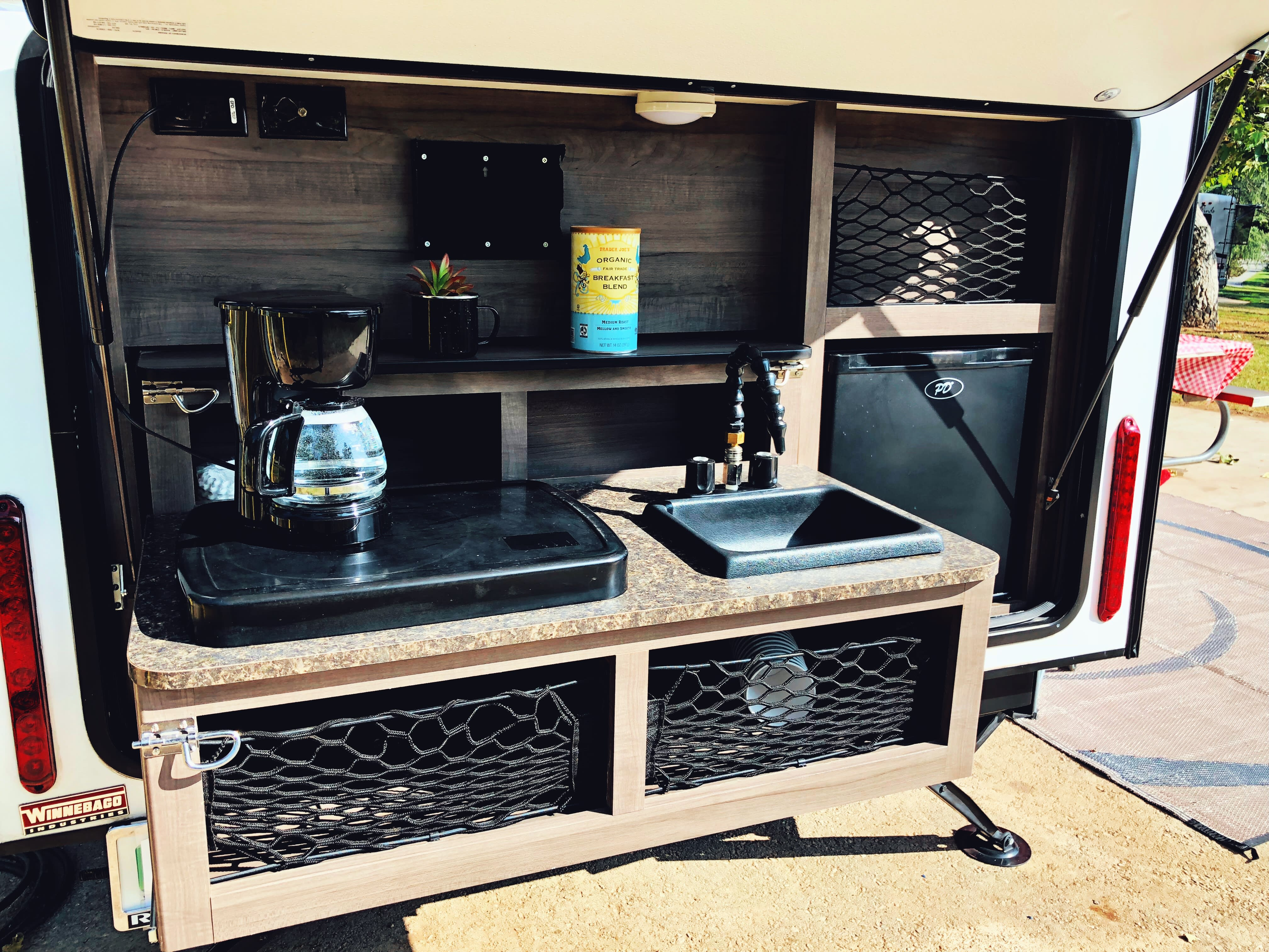 Outdoor Kitchen. Winnebago Winnie Drop 2017