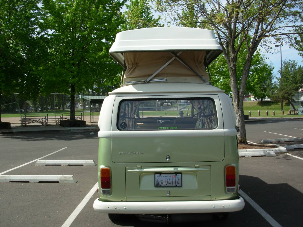 The view from the back with the top extended . Volkswagen Westfalia 1972