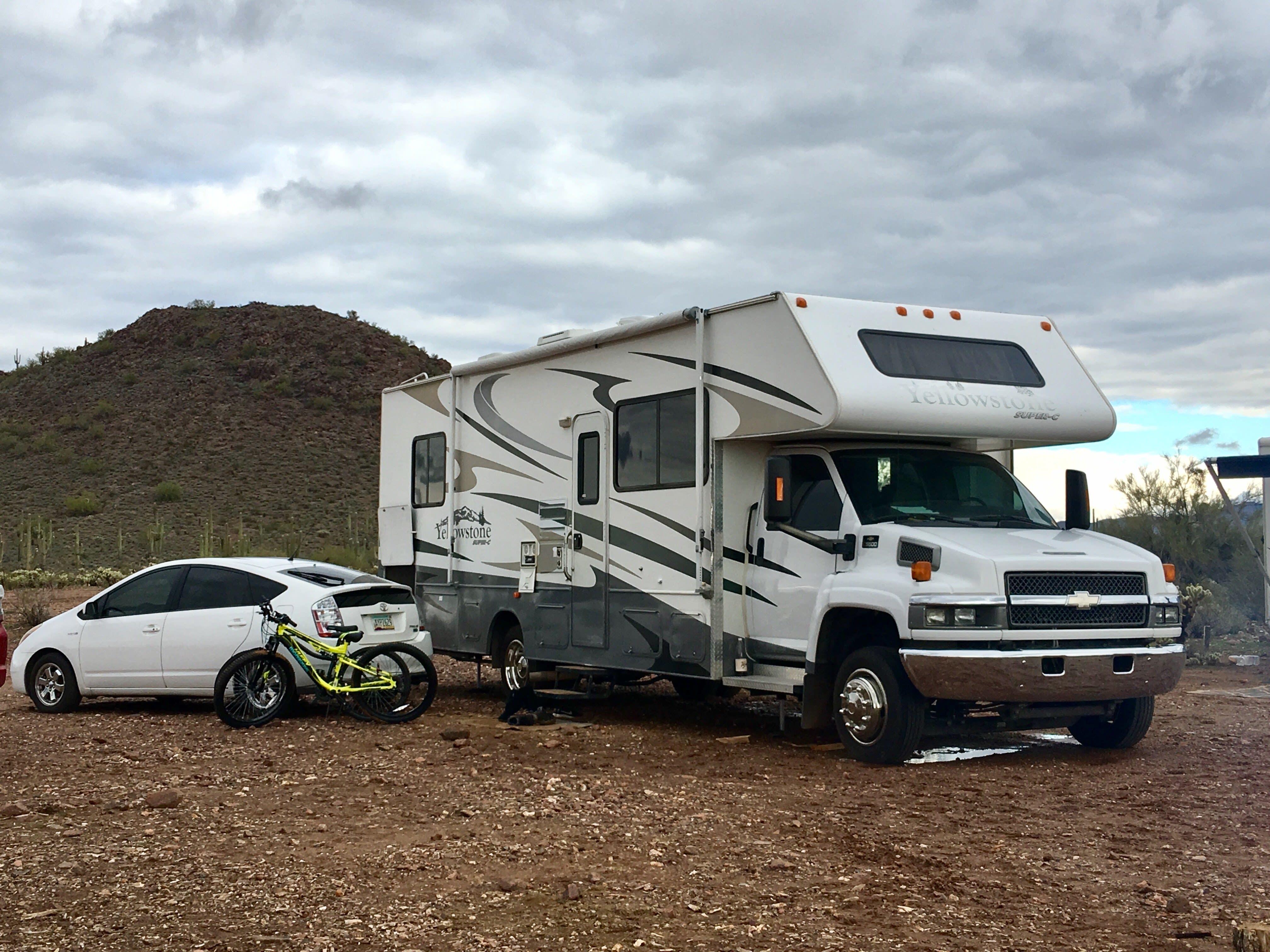 Ahhh camping!. Gulf Stream Yellowstone 2007