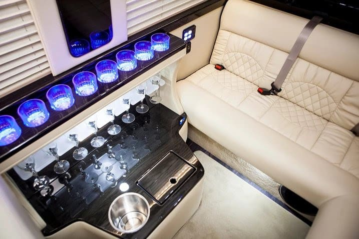 Midwest Automotive Designs Ultimate Toys Limo 2019