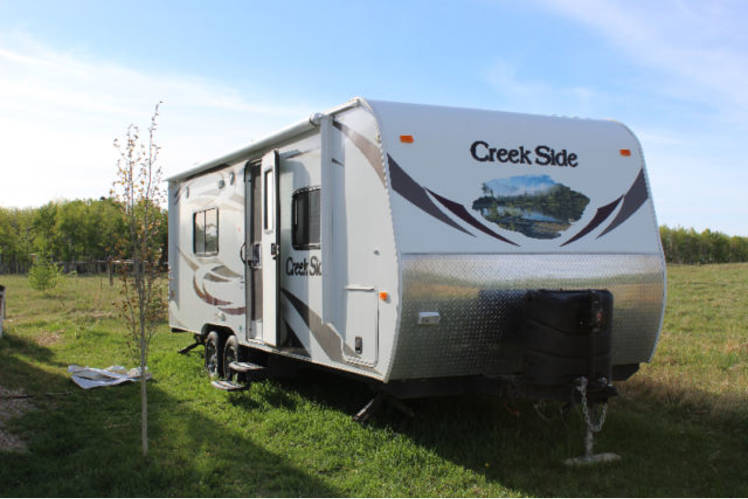 Outdoors Rv Manufacturing Creek Side 2011