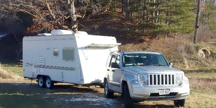 Easy to tow. Weighs about 2800 lbs. dry. . Jayco Camper Trailer- Hawk 1998