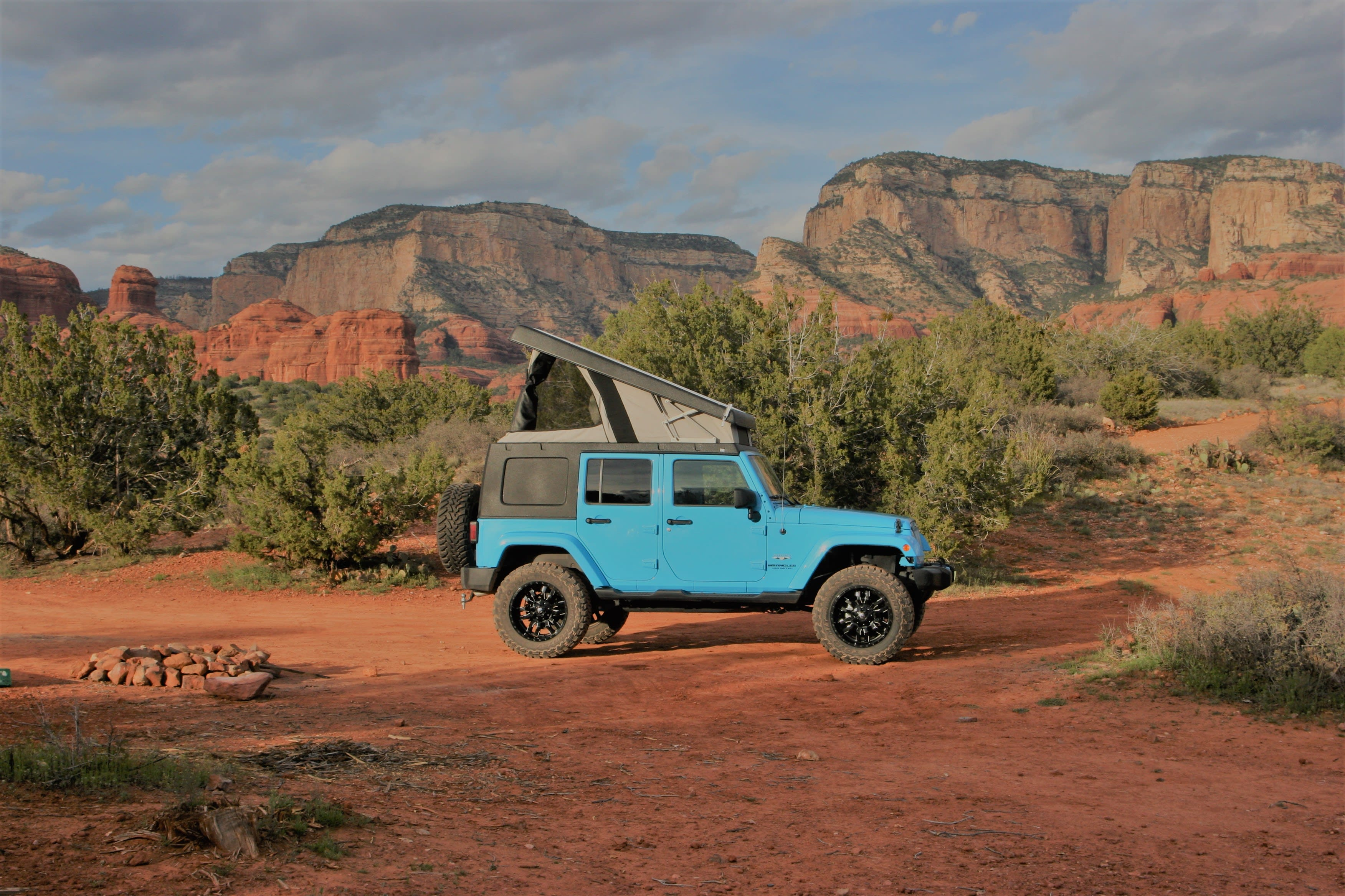 Ready to take the ultimate road trip without the headache of packing and unpacking?. Jeep Wrangler Unlimited Sahara 2017