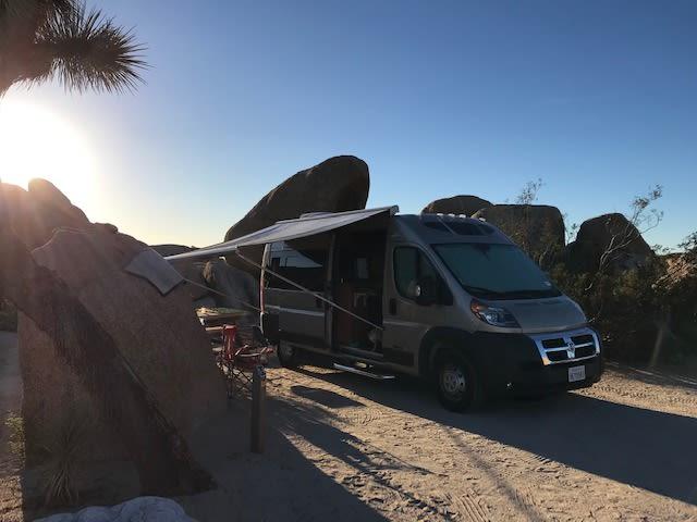 Desert vibes in Joshua Tree.. Roadtrek Simplicity SRT 2018