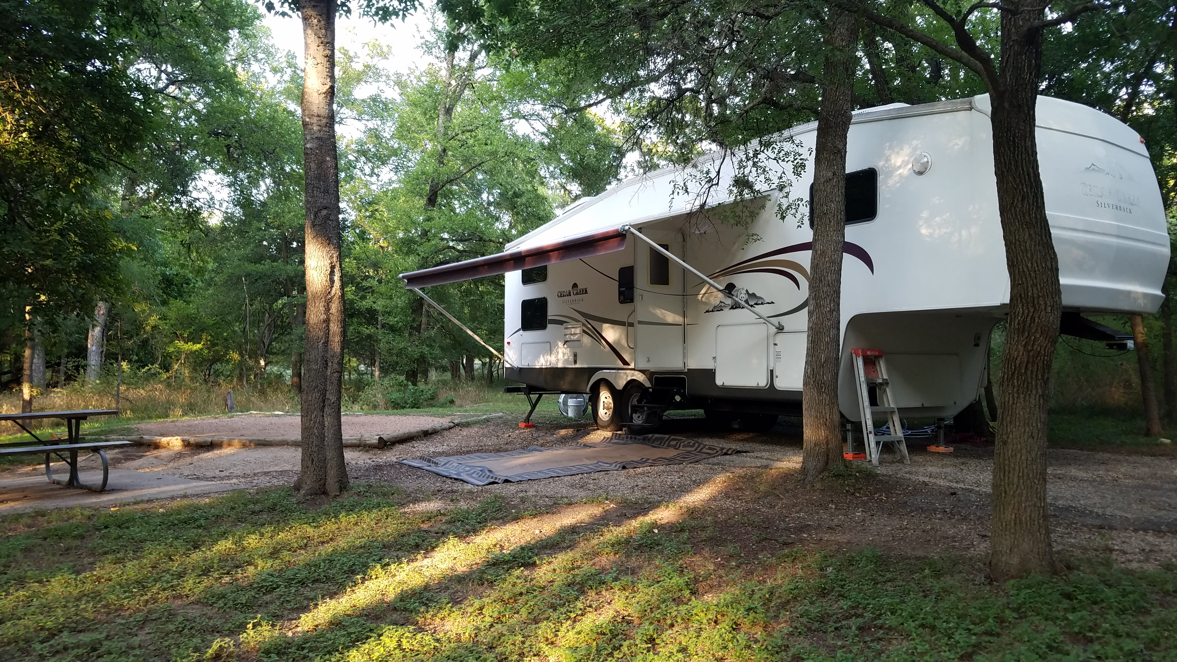 """Your """"home away from home!"""". Forest River Cedar Creek Silverback Edition 2005"""