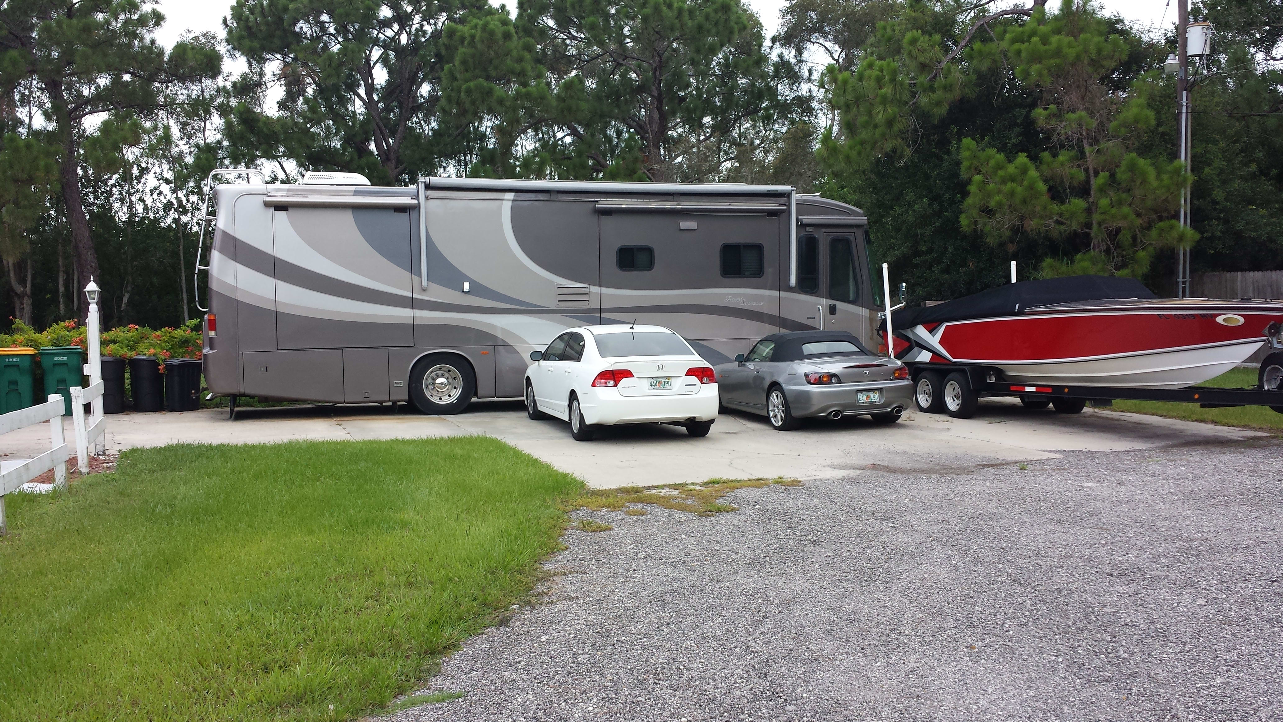 Parked and ready to go!!. Travel Supreme Travel Supreme 2006