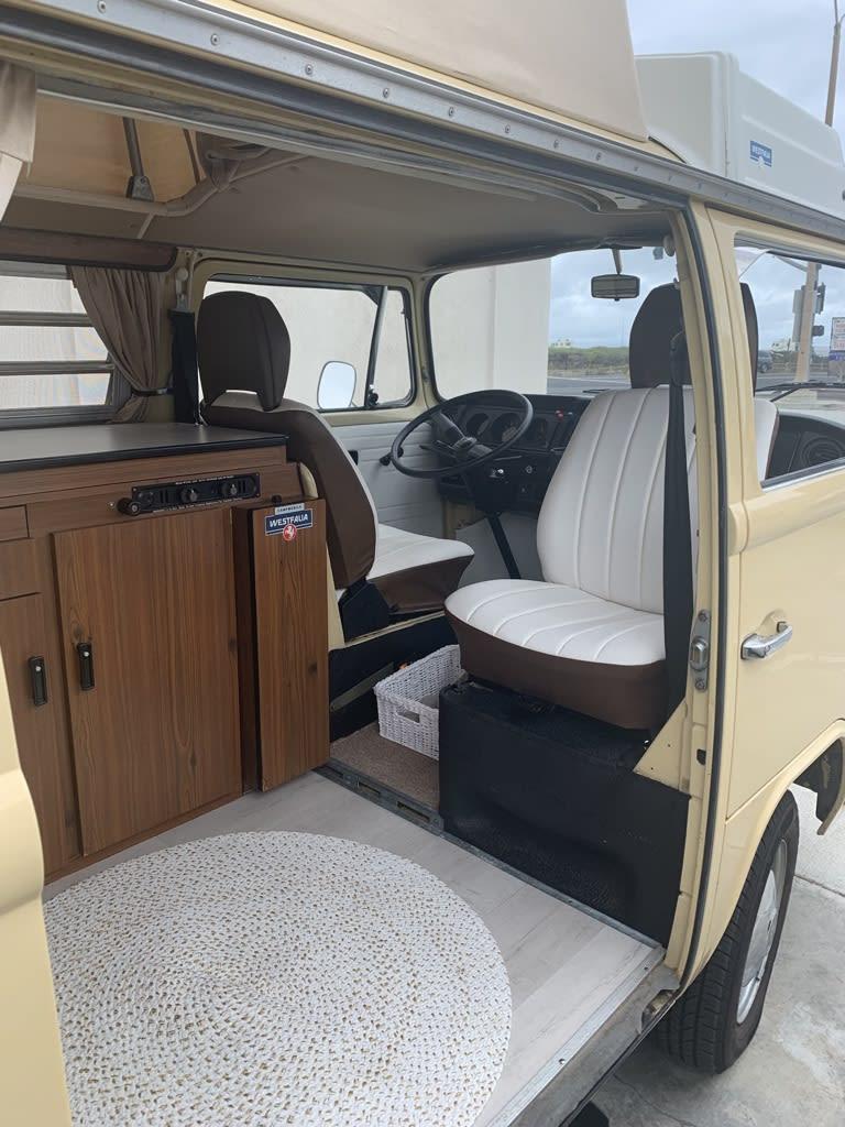 captains seat swivel. Volkswagen T2 Westfalia 1978