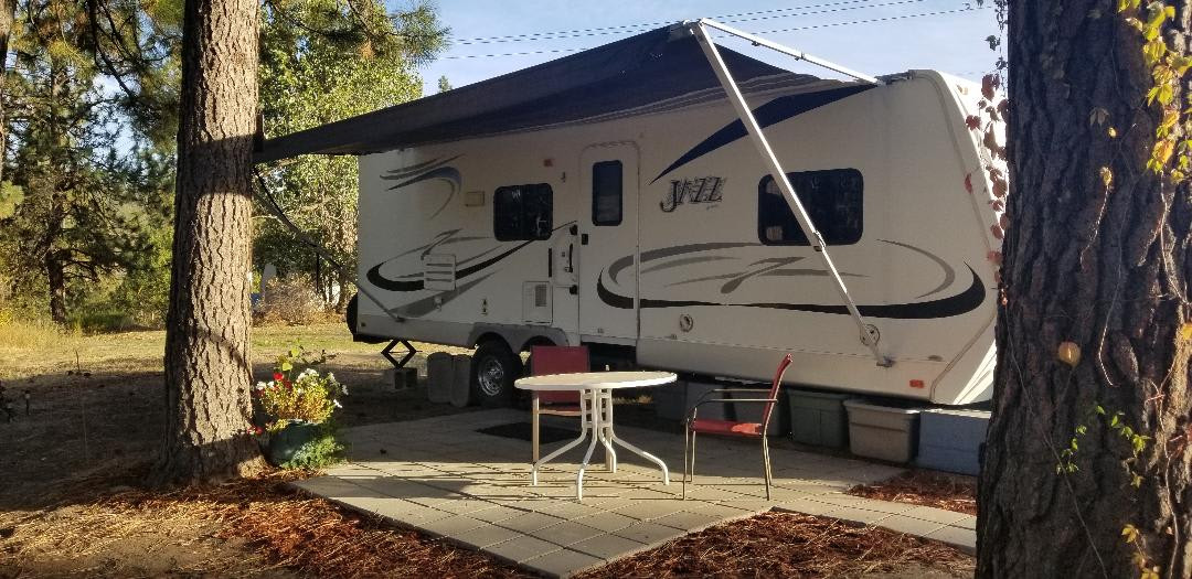Great camping spot with everything you will need. Thor Motor Coach Jazz 2008