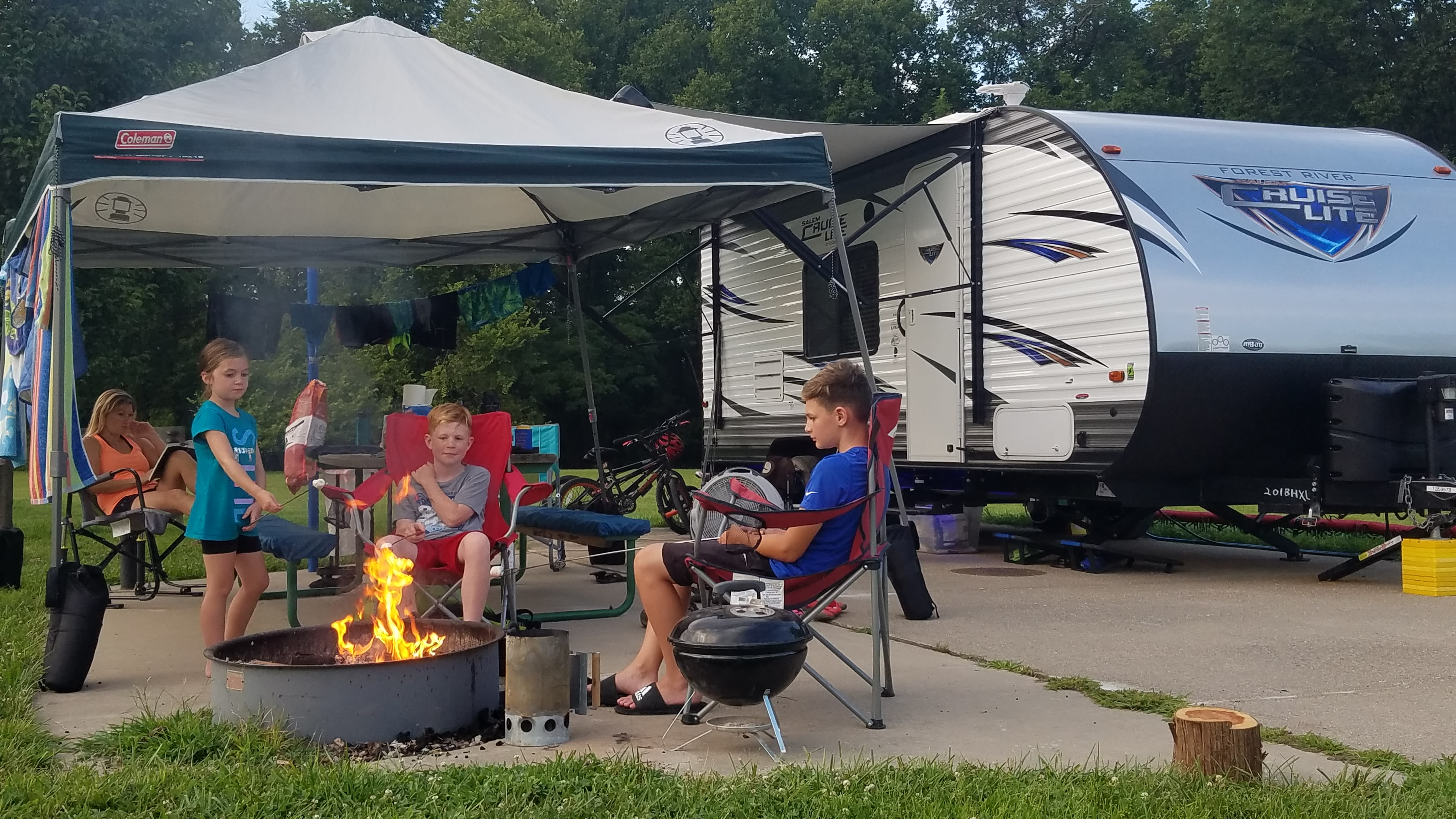 Family camping at its finest!. Forest River Salem Cruise Lite 2017