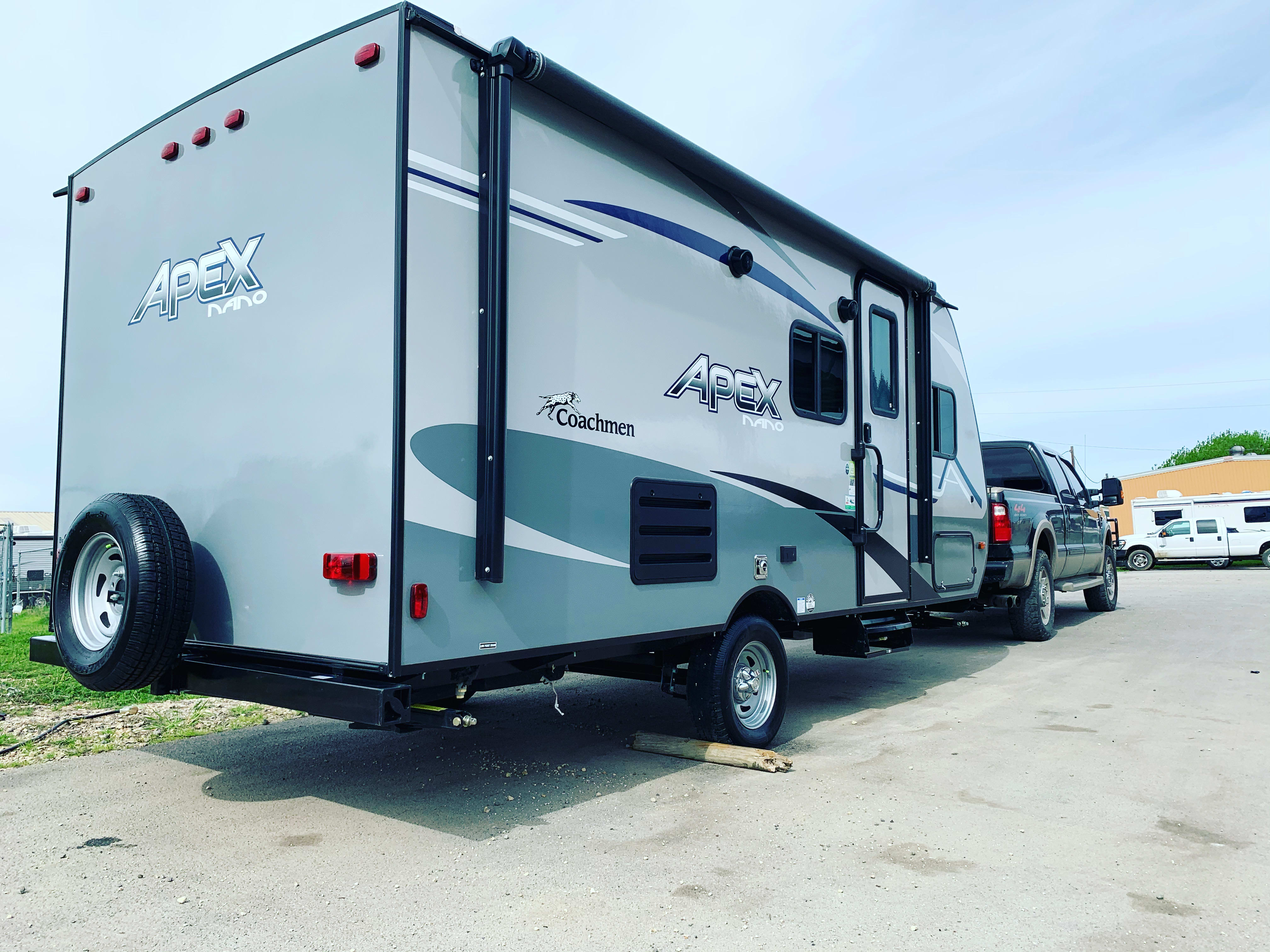 Cassy fresh from the dealer. Don't be fooled by the heavy duty truck, this trailer can be pulled by almost all trucks and most SUVs. . Coachmen Apex 2020