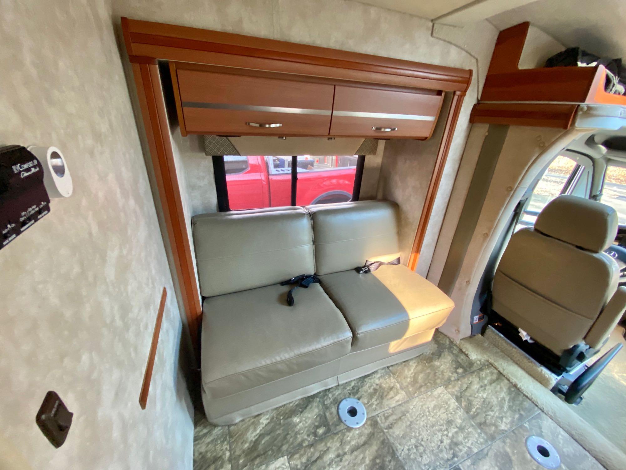 Winnebago Mercedes 2012