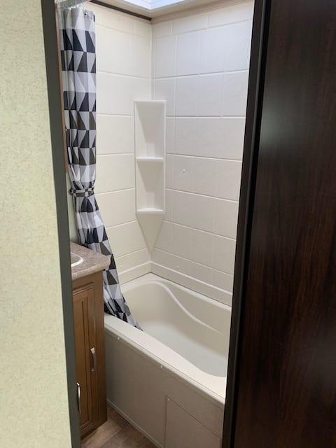 bathroom shower. Forest River Salem Hemisphere 2018