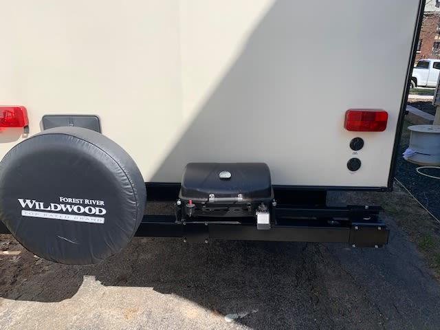 rear folding grill. Forest River Salem Hemisphere 2018