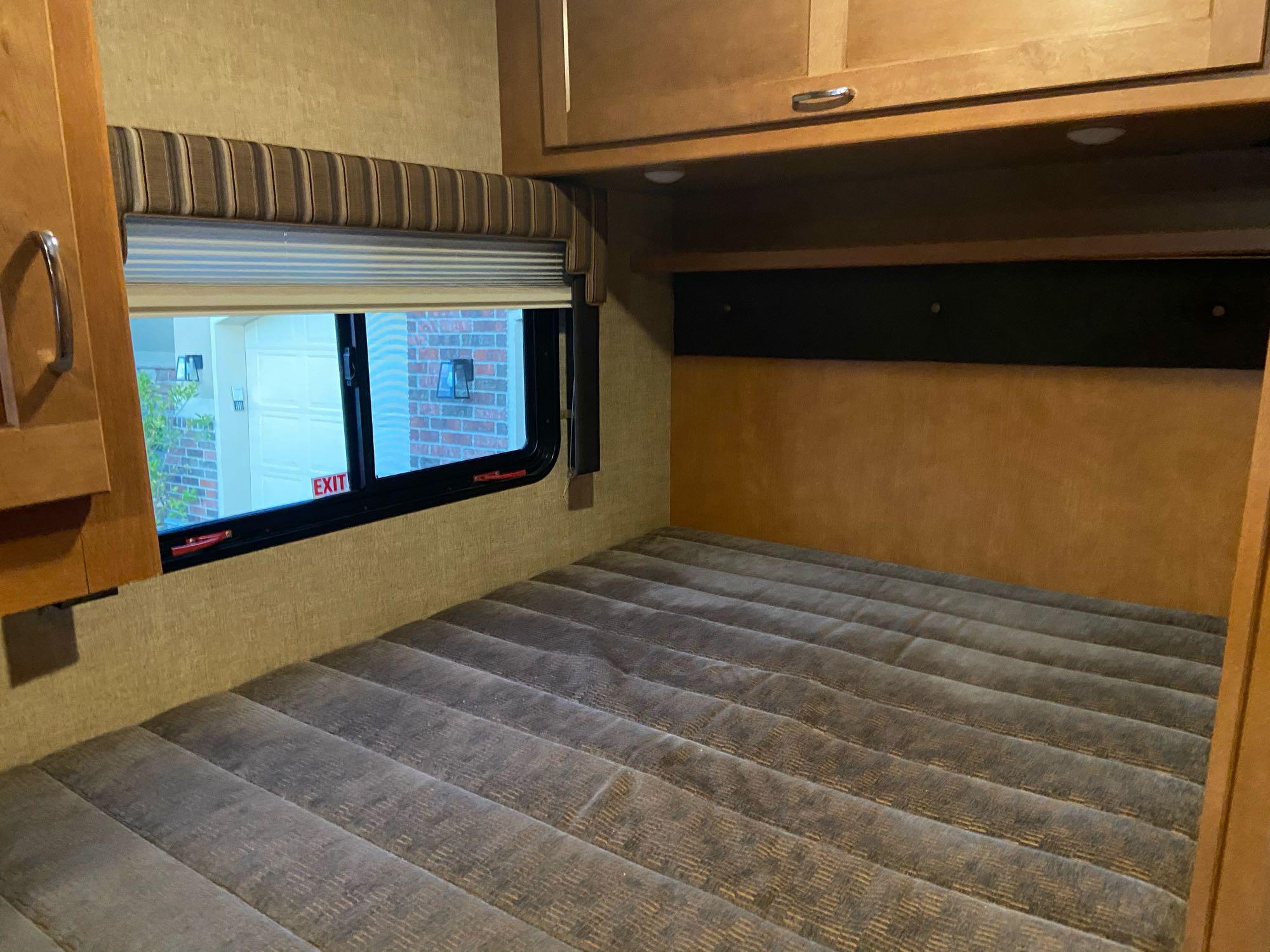 Rear bed great for adults. Winnebago Minnie Winnie 2018