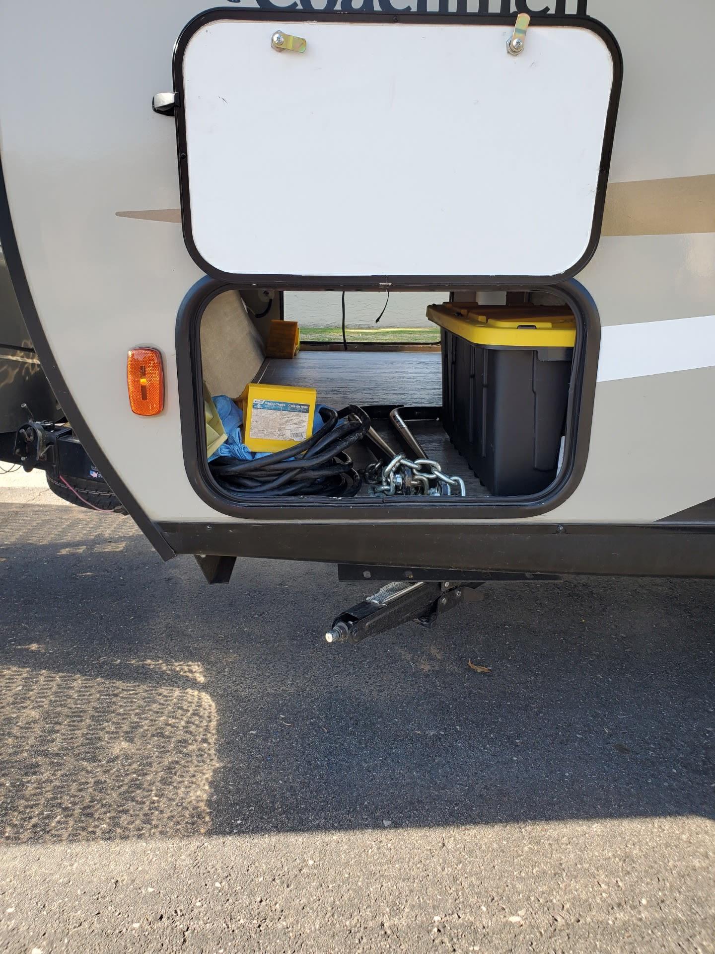 Storage. Coachmen Freedom Express 2017