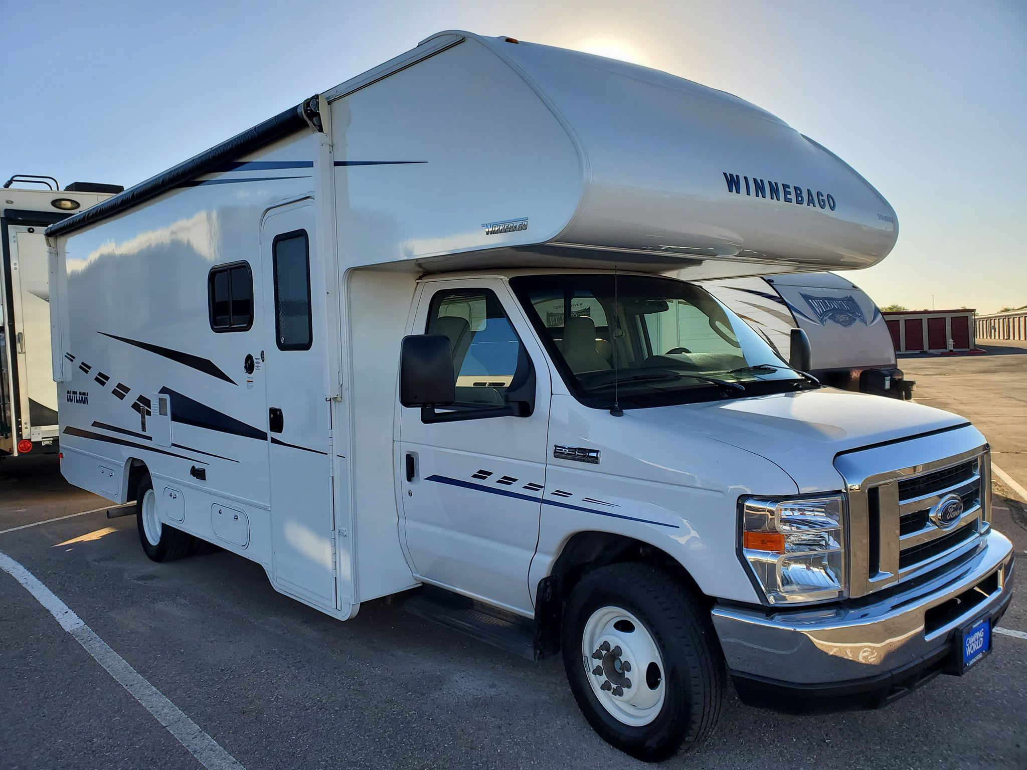 Winnebago Outlook 2019