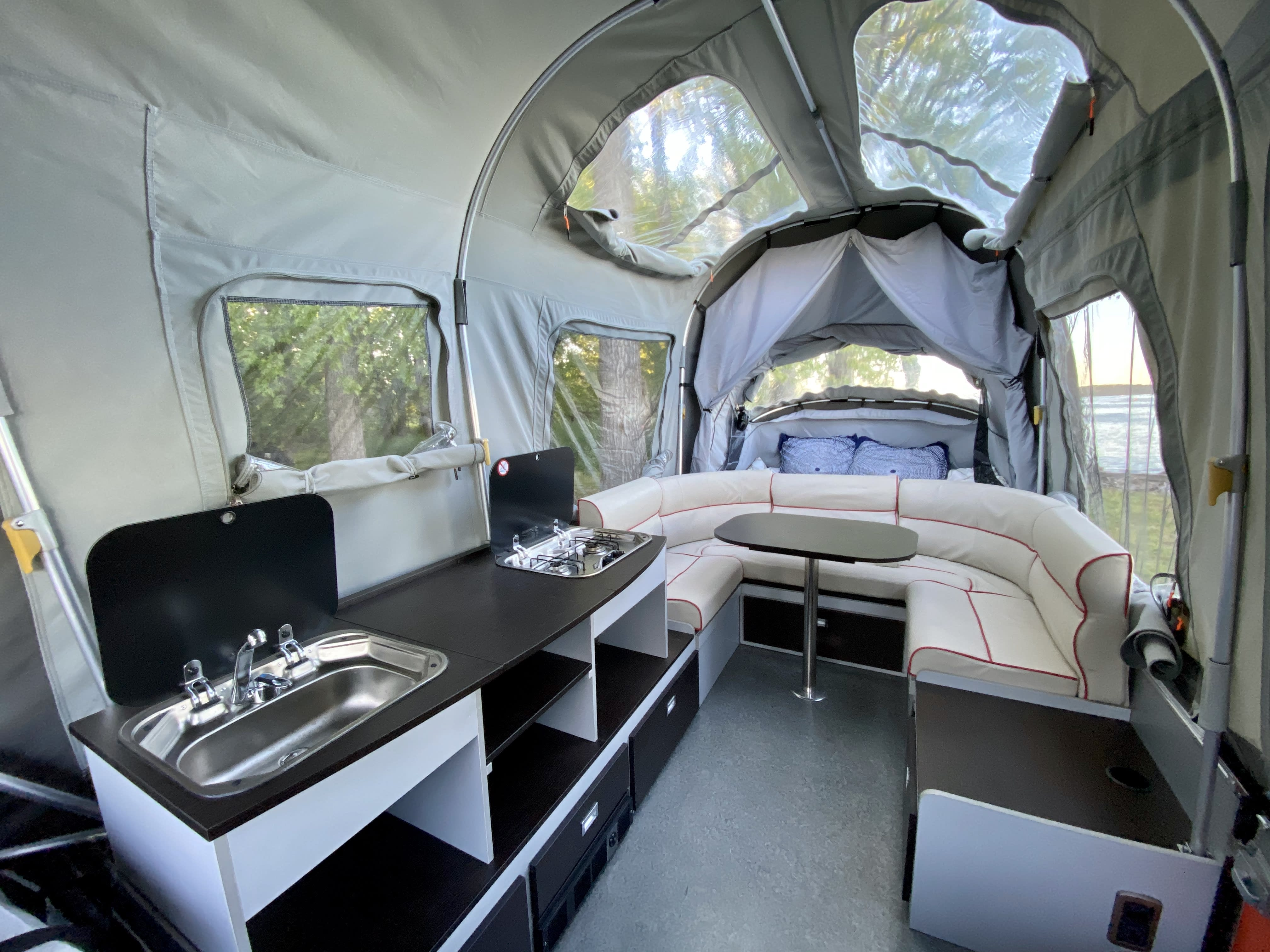 Camper has full amenities including sink/running water, two-burner stove, heater, toilet, 12v and 240v electrics.. OPUS Opus 100 2016