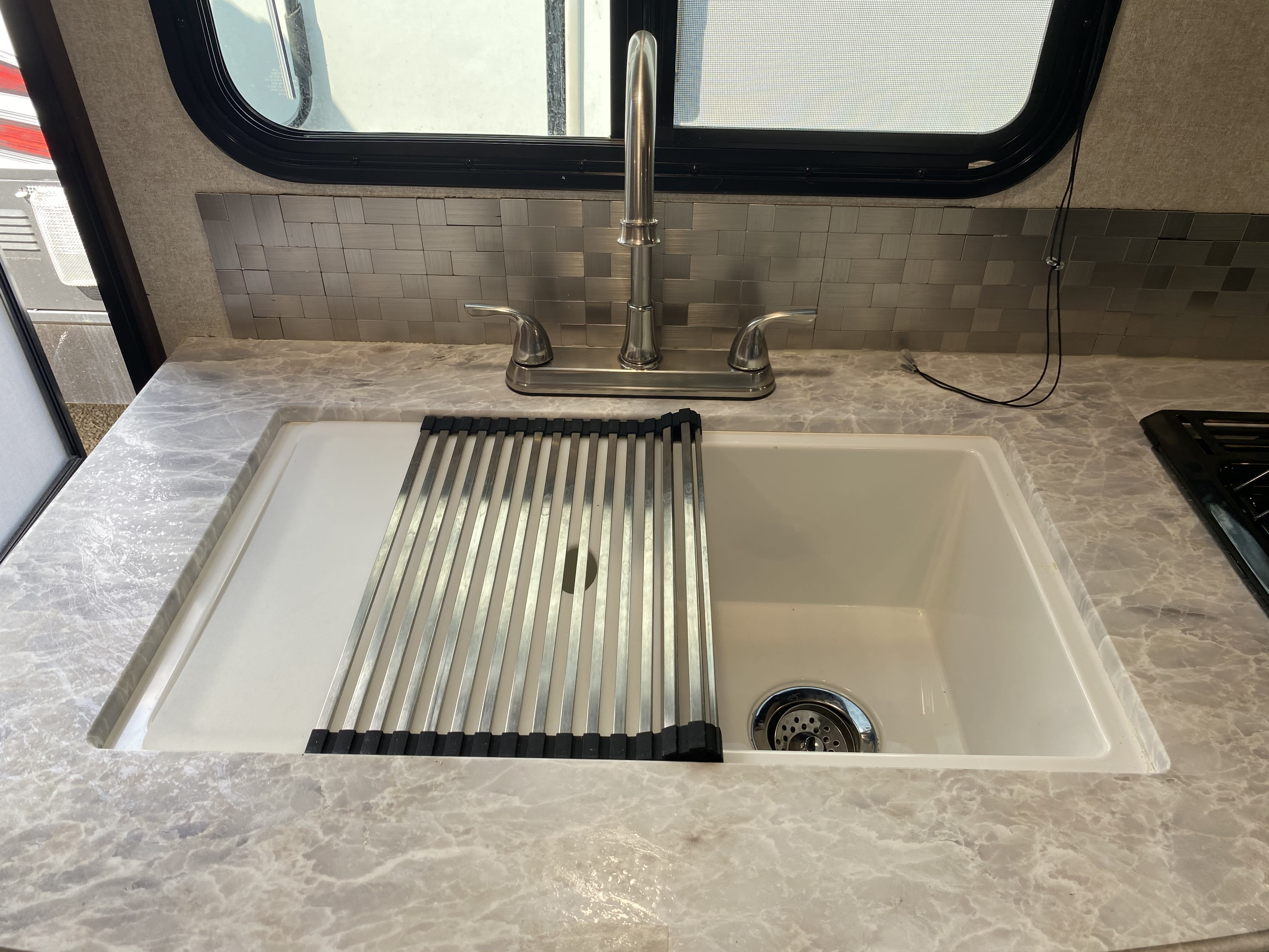 Nice sink with grate. Jayco Jay Feather 2019
