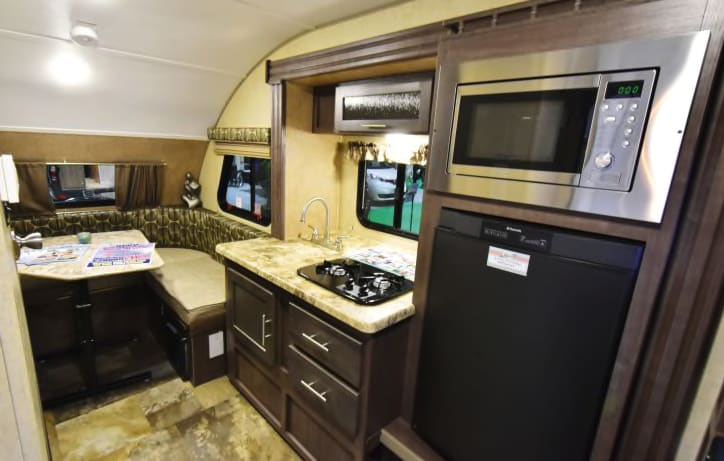 All the kitchen you need and converts to bed. Forest River R-Pod 2016