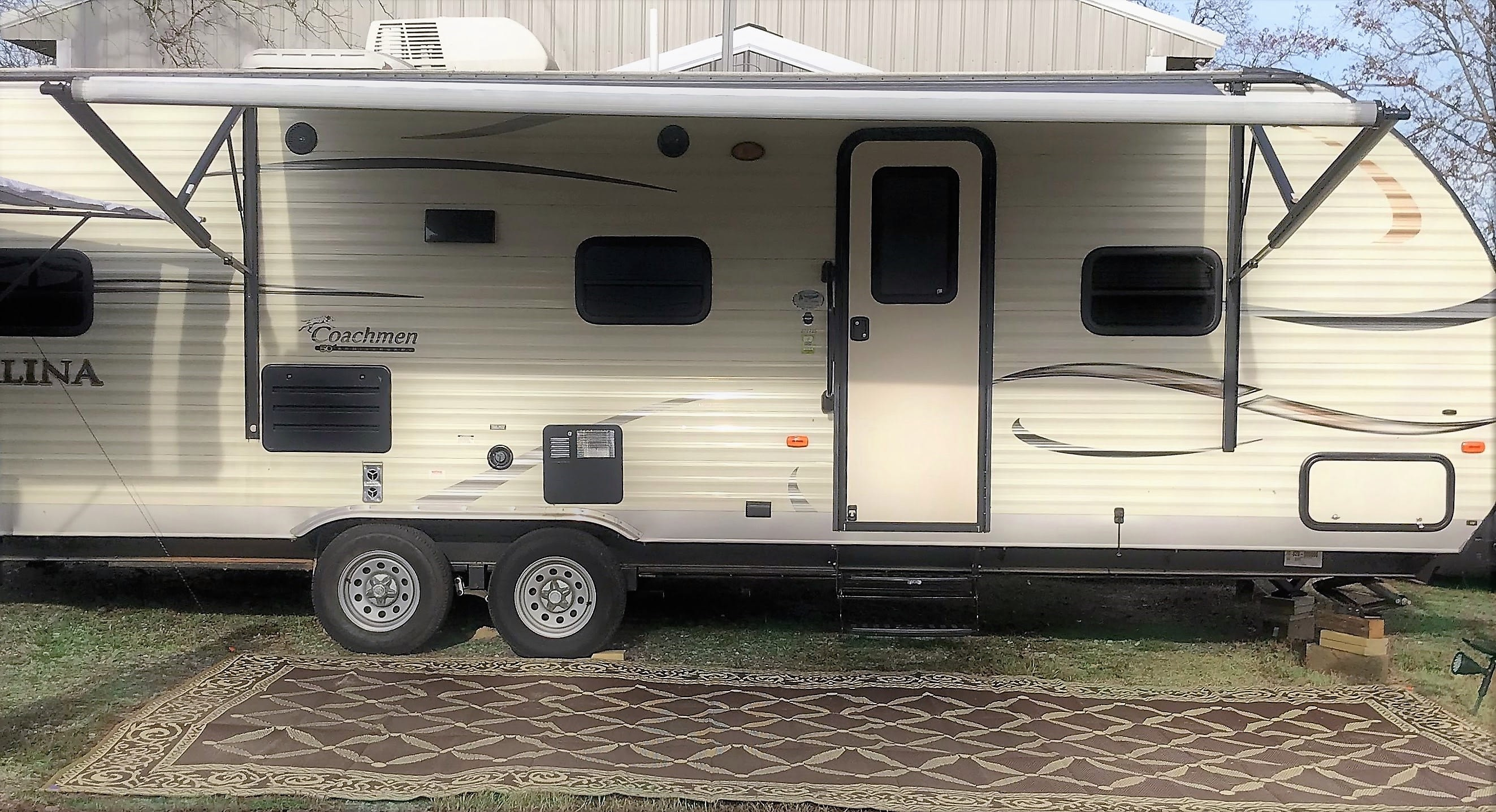 Large awning and outdoor rug give you a room to enjoy being outside.. Coachman Catalina 2016