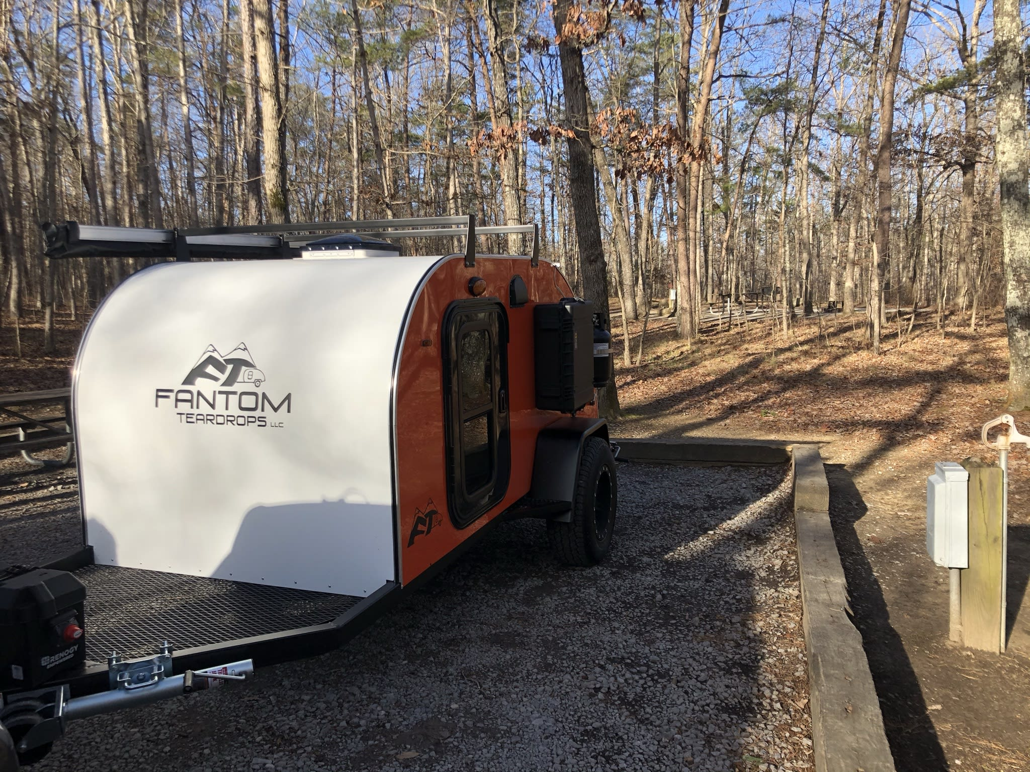 The front tongue of the trailer has space for extra storage while in camp, which helps keep your gear or firewood off the damp ground. Other Other 2021