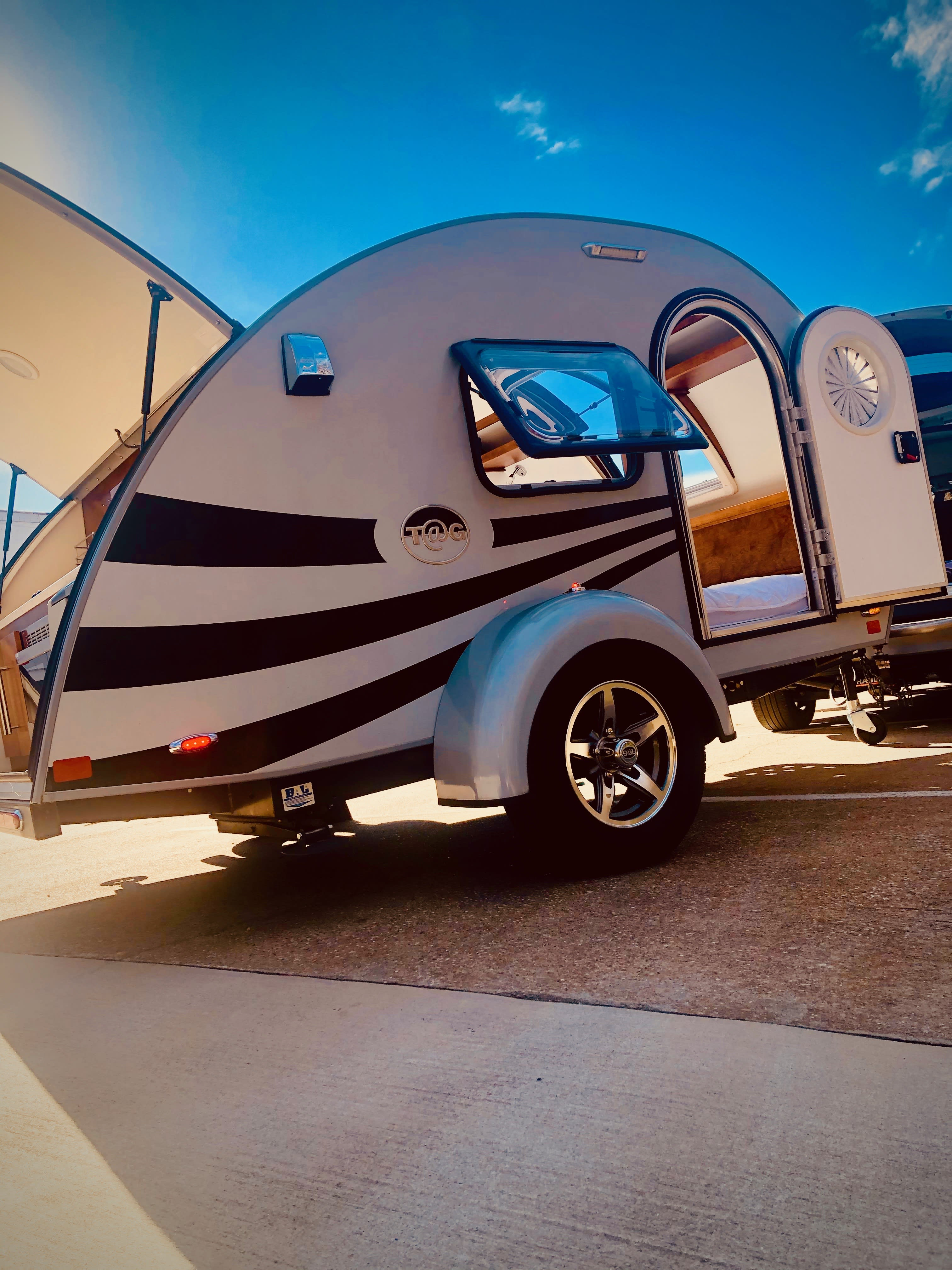 NuCamp T@G MAX XL 6 WIDE 2018