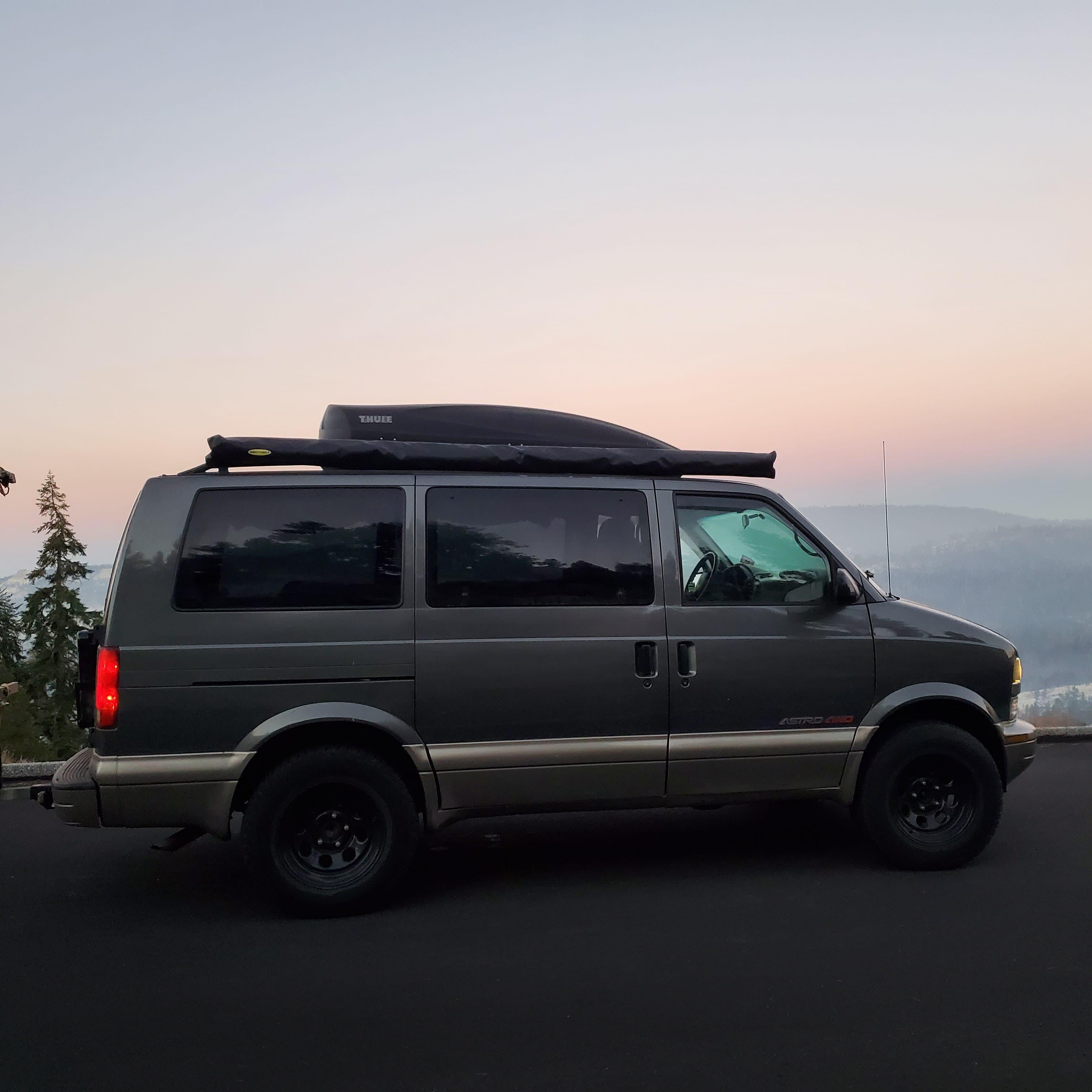 Chevrolet Astro 2002