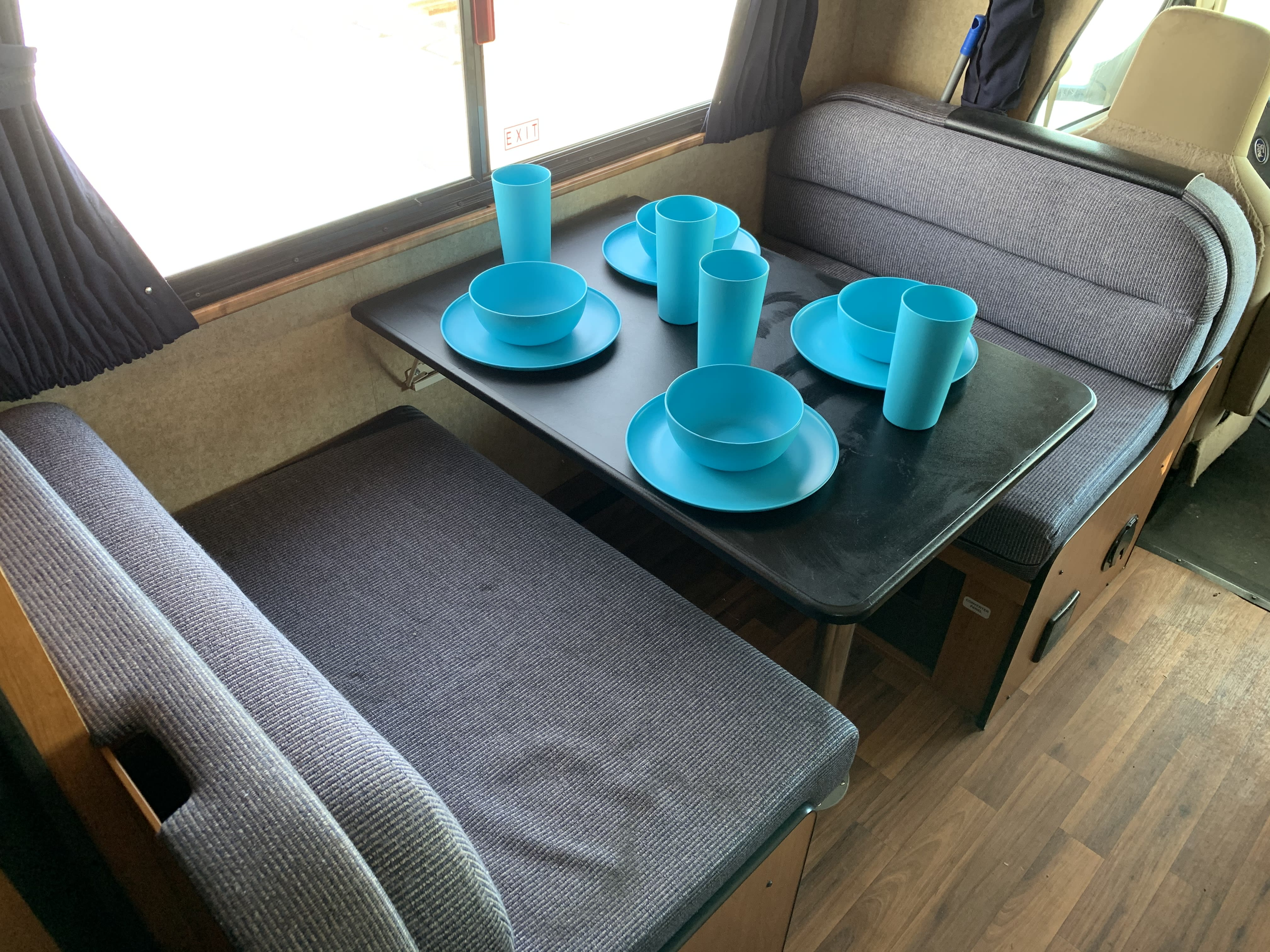 Enjoy your meals at this cute dinette.. Thor Motor Coach Four Winds Majestic 2015