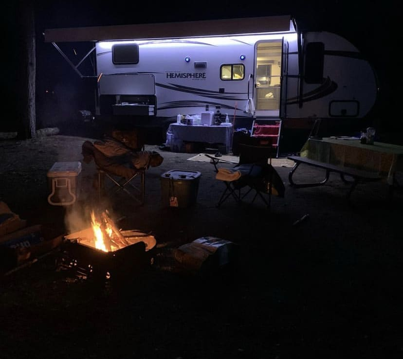 Enjoy a nice camp fire while listening to your favourite music day or night with the outdoor speaker system. The LED light bar is a nice touch too!. Forest River Hemisphere Hyper-Lyte 2018