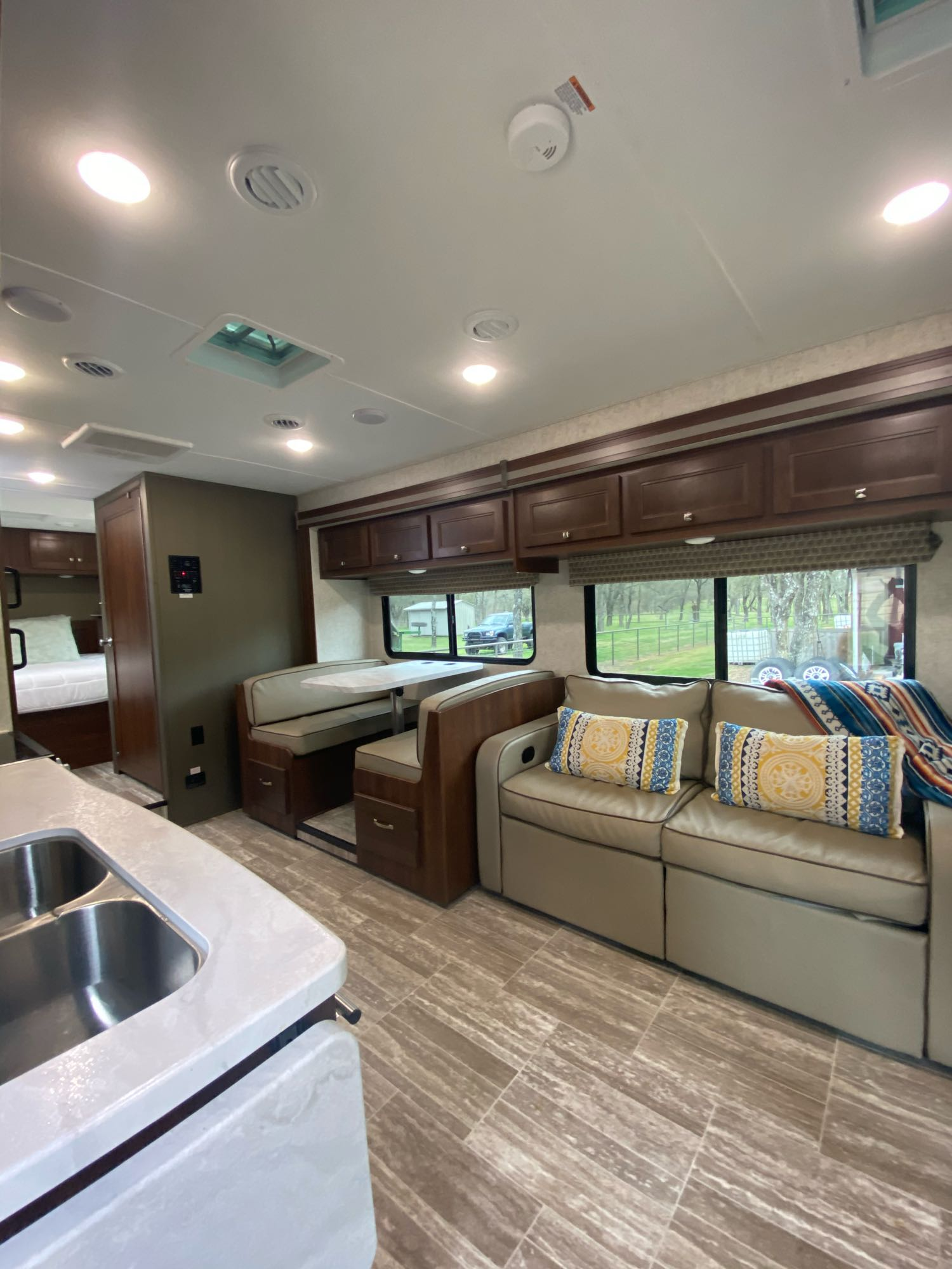 Forest River Sunseeker 2020