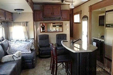 2013 Open Range 427 BHS 2 bed/ 1.5 bath Luxury 5th wheel  Chester Springs, PA
