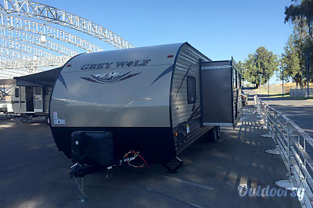2016 Forest River Cherokee Grey Wolf 26  Sacramento, CA