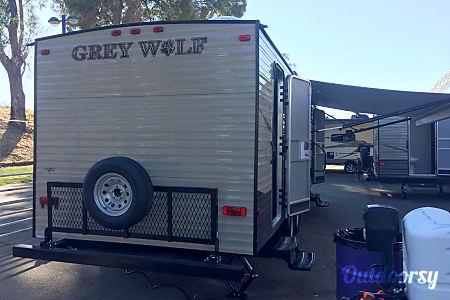 2016 Forest River Cherokee Grey Wolf 26  Sacramento, CA
