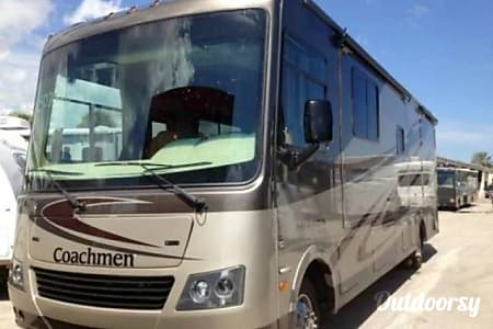 02013 Coachmen Mirada  Camarillo, CA