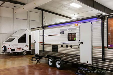 2014 26DBH Cherokee Grey Wolf with rear bike/cooler,generator rack, outside shower, slide-out  Loxahatchee, FL