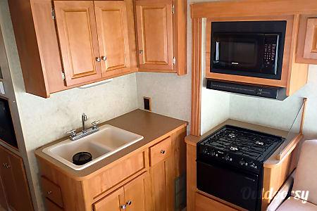 2008 Winnebago Access 31  Kent, WA